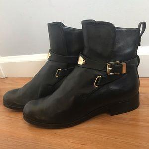 MK black booties 6.5 really good shape.